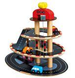 Dřevěné hračky Bino Parkoviště dřevěné s výtahem 4 autíčka