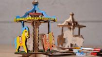 Ugears dřevěná stavebnice 3D Puzzle - Veselý kolotoč