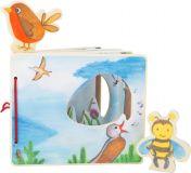 Small Foot Dřevěná obrázková knížka s včelkou