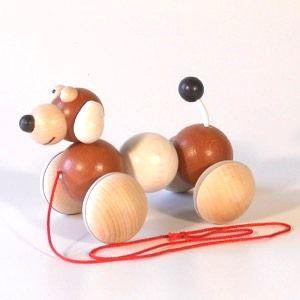 Dřevěné hračky Dřevěné hračky - Tahací hračka vrtík - pes hnědý Ceeda Cavity