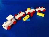 Dřevěné hračky Dřevěný vláček se 3 vagóny Česká dřevěná hračka