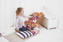 Dřevěné hračky Bigjigs Toys Látková panenka Kelly 34 cm