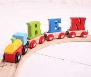 Dřevěné hračky Bigjigs Rail vagónek dřevěné vláčkodráhy - Písmeno V