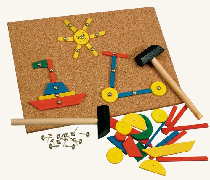 Dřevěné hračky Bino Hra s kladívkem 229 dílků