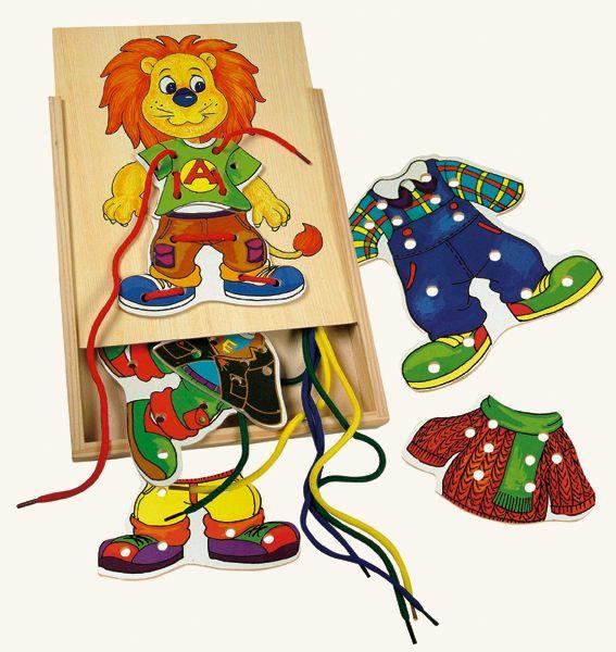 Dřevěné hračky Bino Motorické hry lvíček Leo první šití