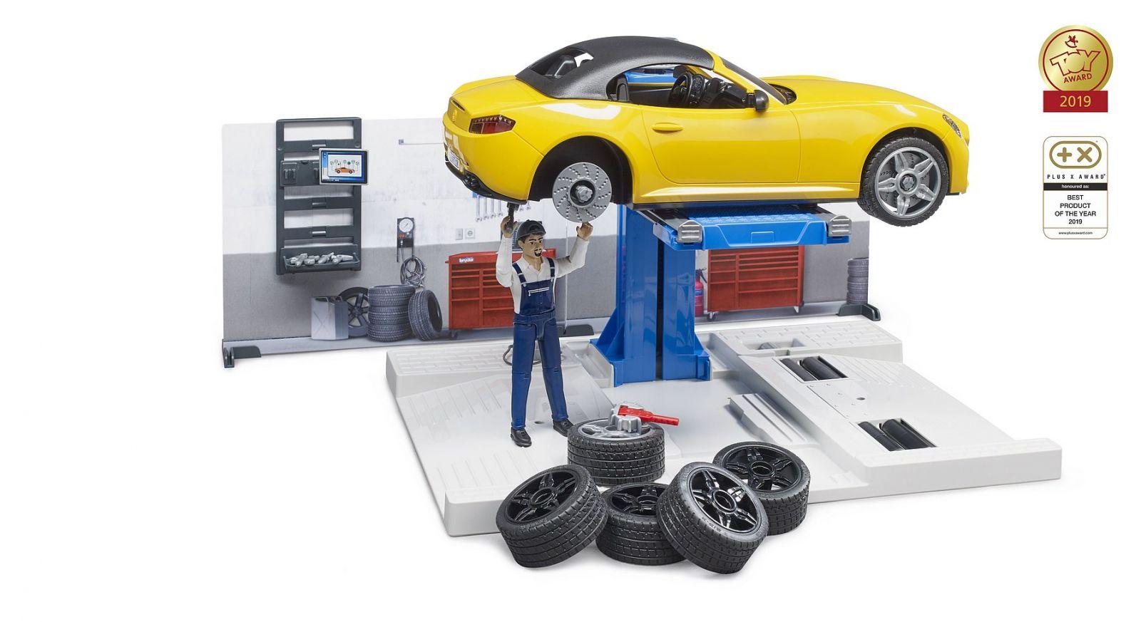 Dřevěné hračky Bruder Autodílna s autem a figurkou 1:16