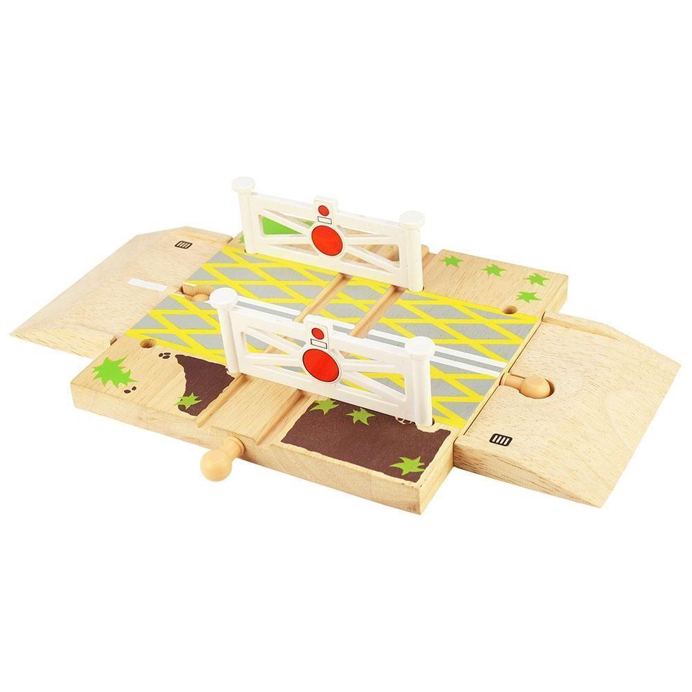 Dřevěné hračky Bigjigs Rail Dřevěné autodráhy železniční přejezd s brankami poškozený obal