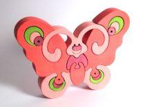 Dřevěné vkládací puzzle z masivu - Velký motýl růžový
