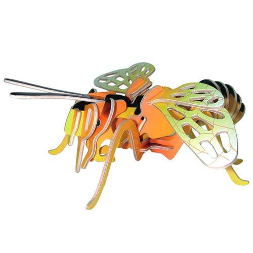 Dřevěné hračky Woodcraft Dřevěné 3D puzzle malá včela Woodcraft construction kit
