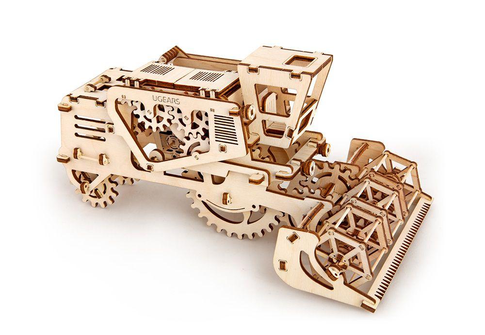 Dřevěné hračky Ugears Dřevěná stavebnice 3D mechanické Puzzle Kombajn