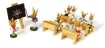 Small Foot Dřevěná králičí škola