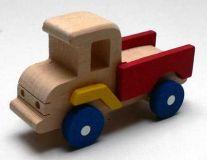 Dřevěné nákladní autíčko