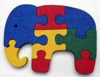 Dřevěné vkládací puzzle Slon bez rámečku