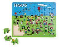 Small Foot Vkládací puzzle Snoopy na hřišti