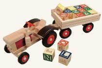 Dřevěné hračky Bino Traktor s gumovými koly a vlečkou ABC