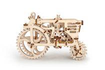 Dřevěné hračky Ugears Dřevěná stavebnice 3D mechanické Puzzle Traktor
