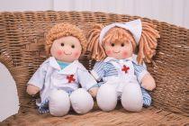 Dřevěné hračky Bigjigs Toys Látková panenka zdravotní sestřička Nancy 28 cm