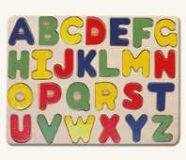 Dřevěné hračky Bino Dřevěné vkládací puzzle abeceda